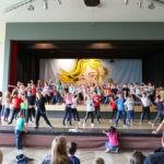 015-24-Schulfest-Tanzen