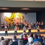 037-01-Schulfest-Tanzen