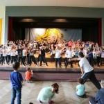 059-Schulfest-Tanzen